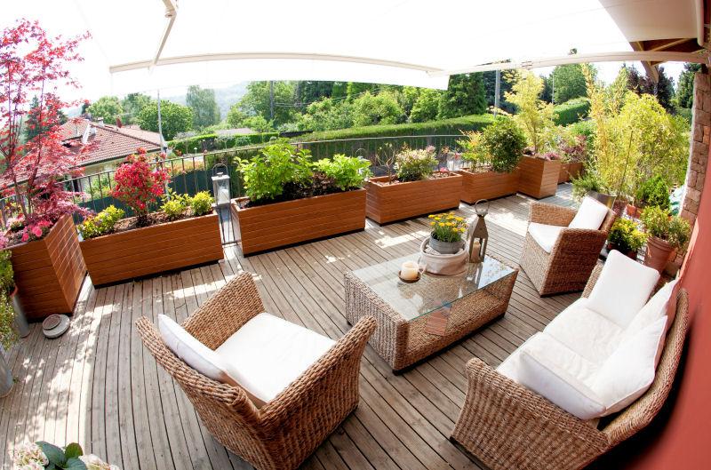 Fioriera in plastica pvc fioriere legno fioriere for Arredamento da terrazzo